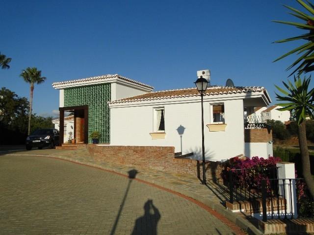 3 Bed Villa – Detached in El Chaparral