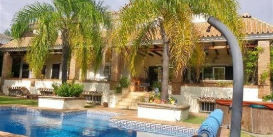 6 Bed Villa – Detached in Carib Playa