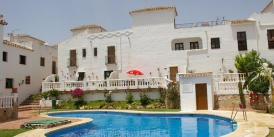 3 Bed Townhouse in Las Lagunas