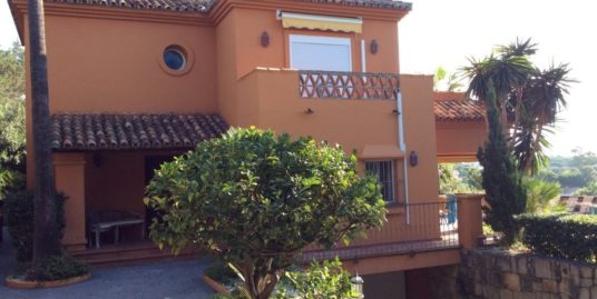 4 Bed Villa – Detached in Marbesa