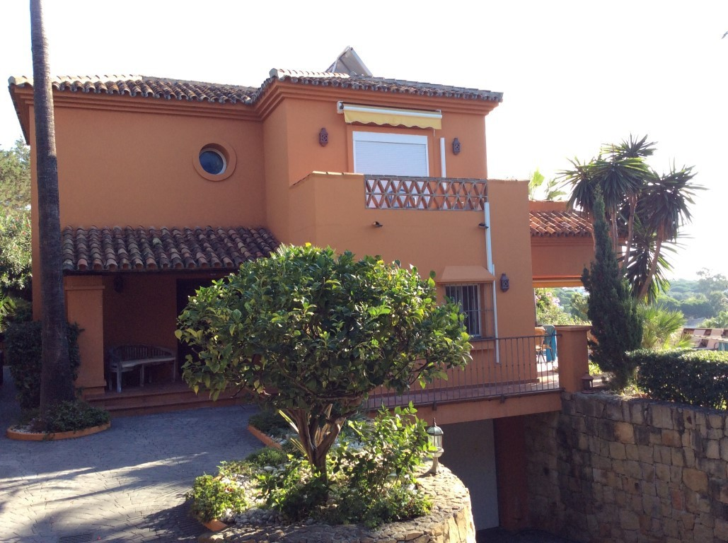 4 Bed Villa – Detached in Marbesa
