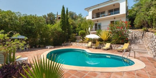 4 Bed Villa in El Rosario