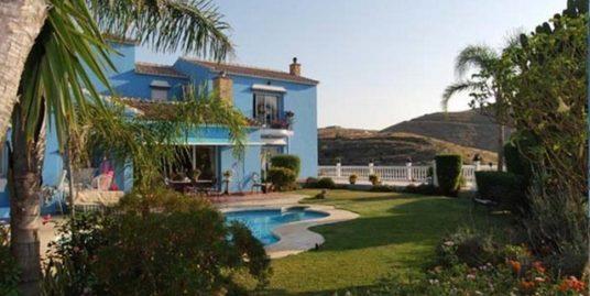 5 Bed Villa in Cerros del Aguila