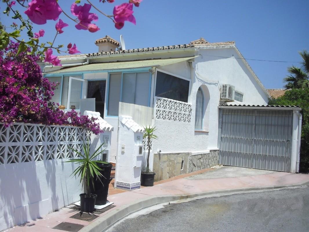1 Bed Villa – Detached in El Faro