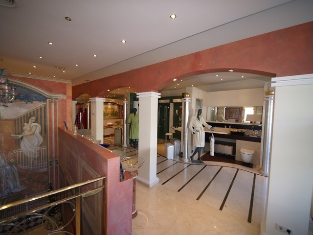 0 Bed Commercial in Marbella