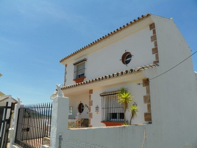6 Bed Villa in Alora