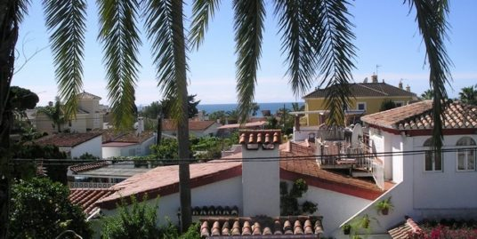 5 Bed Villa in Costabella