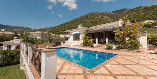 4 Bed Villa in Mijas Costa