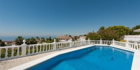 6 Bed Villa in La Capellania