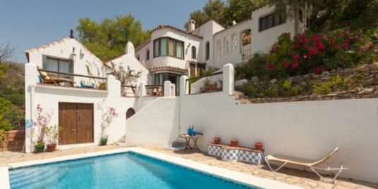 3 Bed Villa in Casares