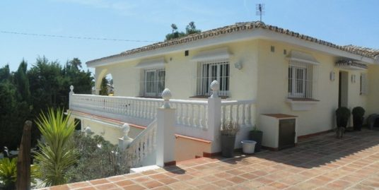 4 Bed Villa in El Chaparral
