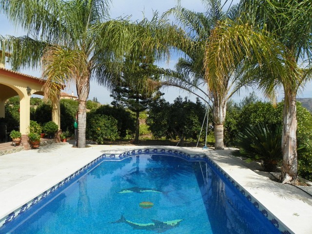 8 Bed Villa in Alhaurín el Grande