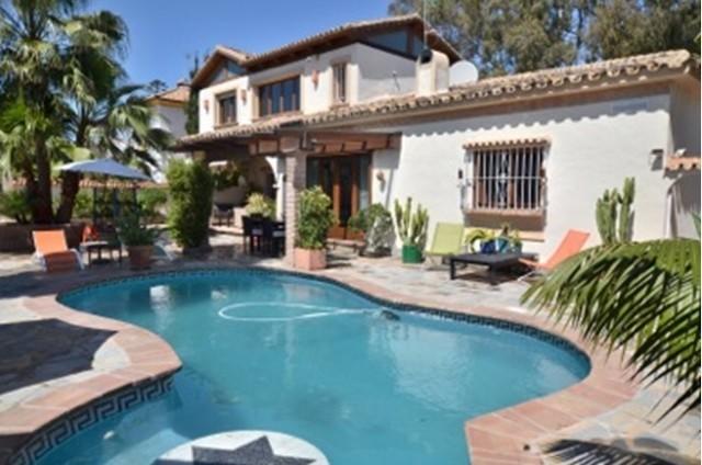 5 Bed Villa in Estepona