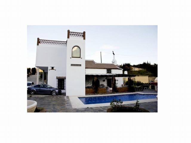6 Bed Villa in Ojén