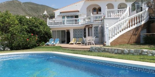 7 Bed Villa in Benalmadena Pueblo