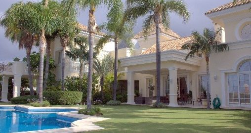 5 Bed Villa in Sierra Blanca