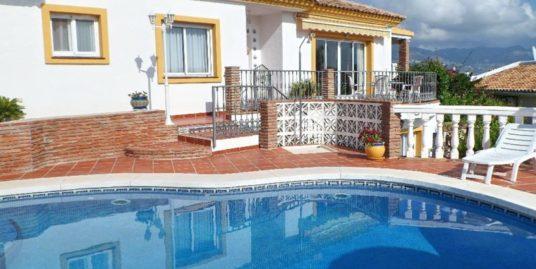 4 Bed Villa in Cerros del Aguila