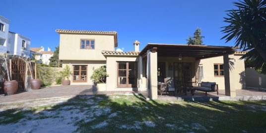4 Bed Villa in Benavista