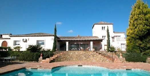 5 Bed Villa in Cancelada