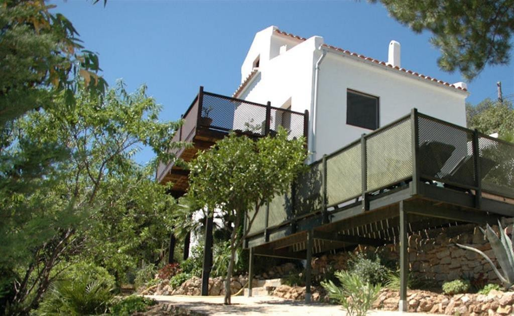 3 Bed Commercial in Casares
