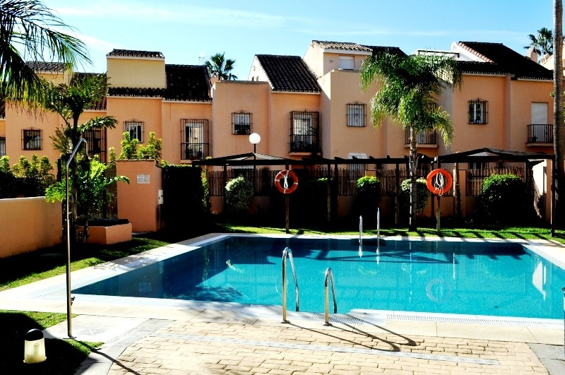 1 Bed Apartment in El Rosario