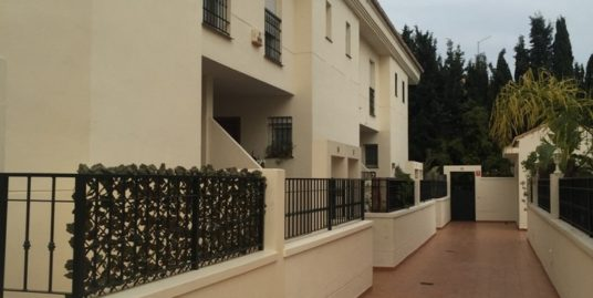 3 Bed Townhouse in El Coto