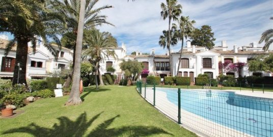 2 Bed Townhouse in Estepona