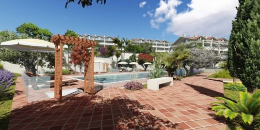 2 Bed Apartment in Estepona
