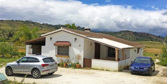 3 Bed Villa in Coín