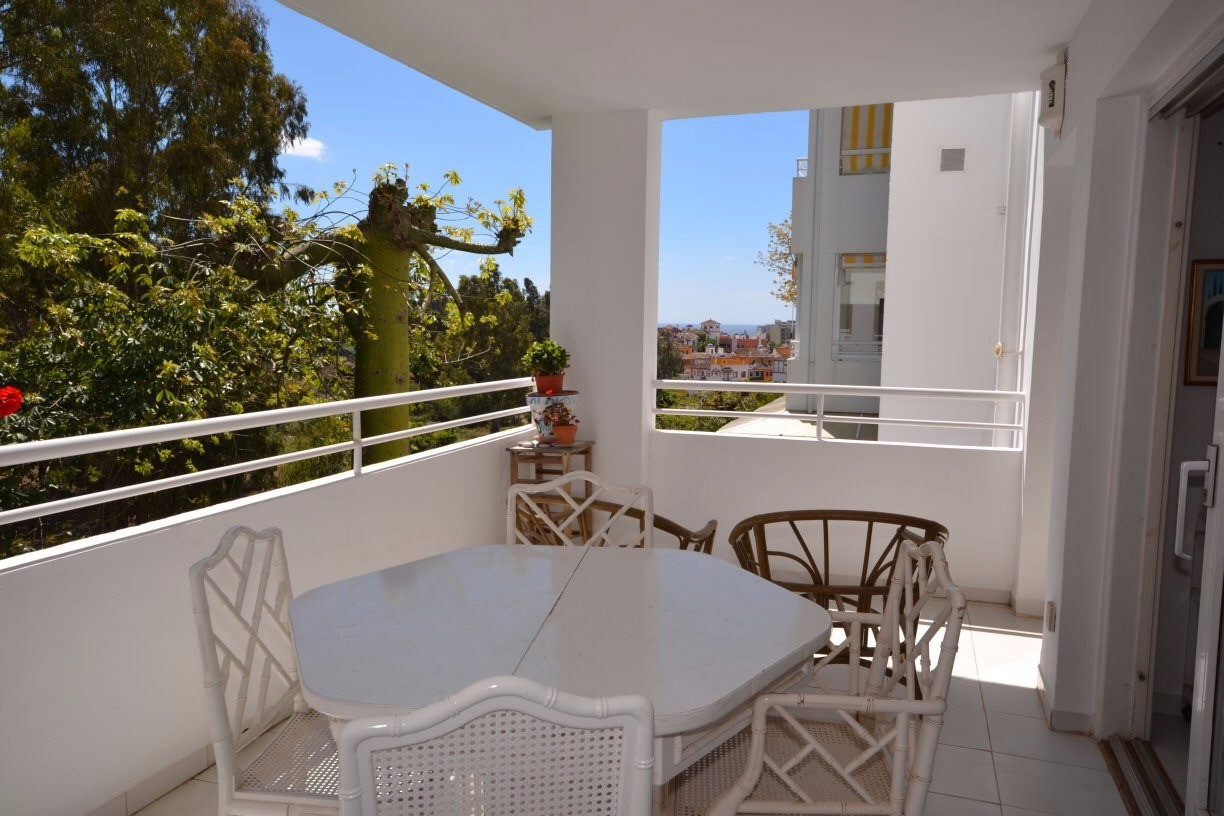 2 Bed Apartment in Atalaya